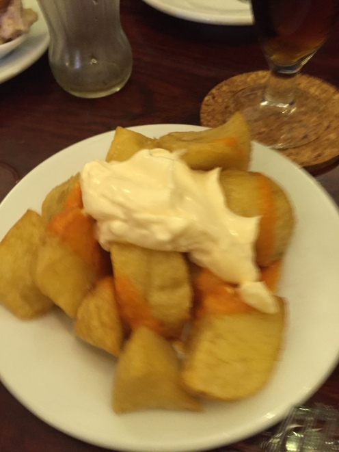 Patatas bravas